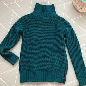 Lululemon turtleneck cozy sweater
